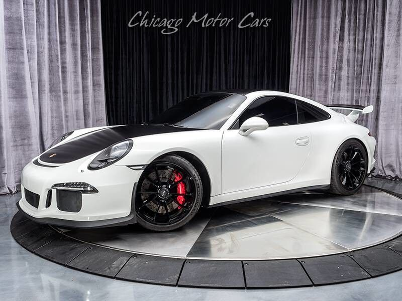 2015_Porsche_911_GT3_ Chicago IL
