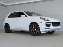2015_Porsche_Cayenne_Turbo_ Kansas City KS