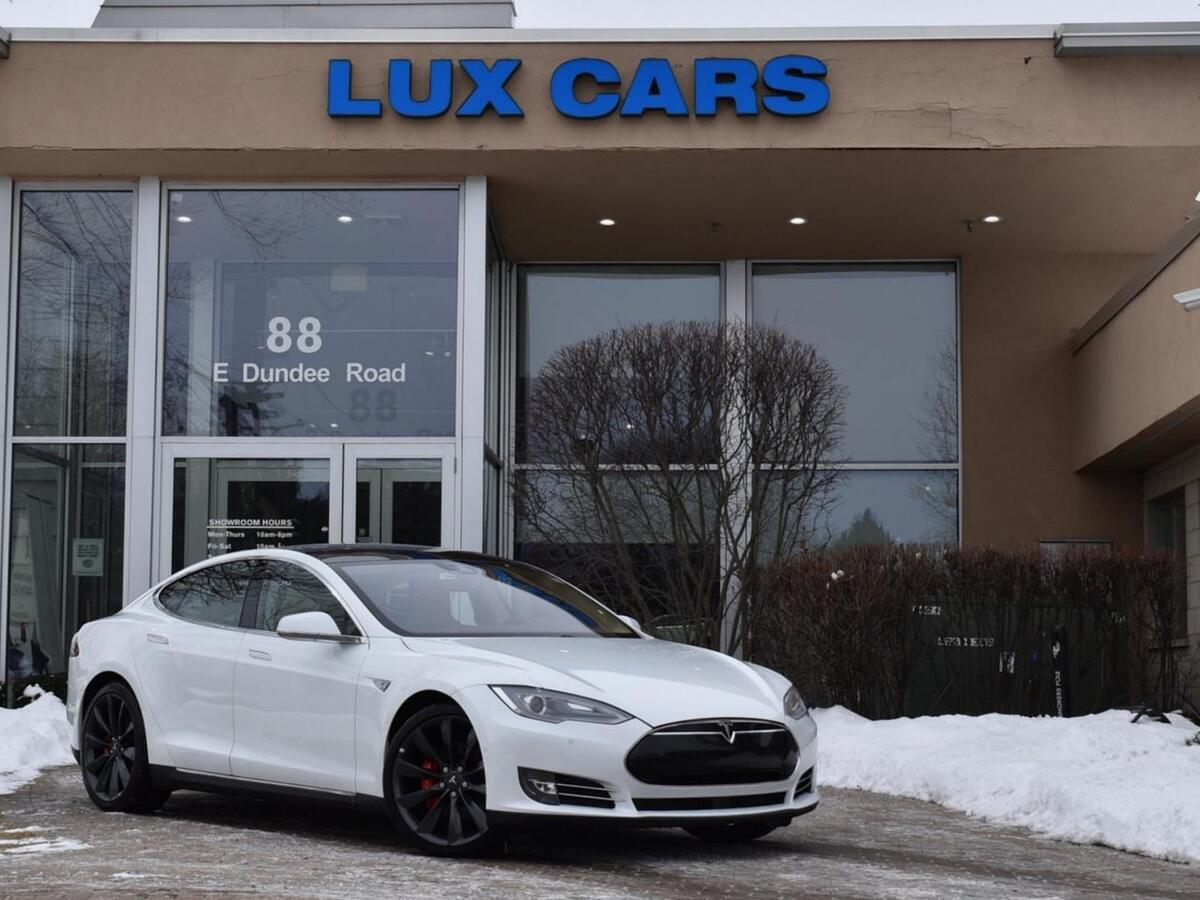 2015_Tesla_Model S_P85D Ludicrous + Panoroof Tech Package AWD_ Buffalo Grove IL