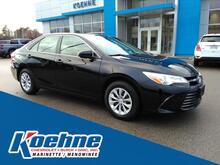 2015_Toyota_Camry_4dr Sdn I4 Auto SE_ Green Bay WI