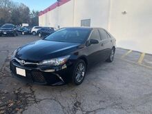 2015_Toyota_Camry_SE_ Chicago IL