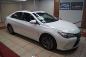 2015 Toyota Camry SE WITH NAV and SUNROOF