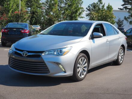 2015_Toyota_Camry_XLE_ Southern Pines NC