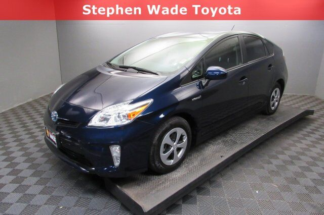 Vehicle Details 2017 Toyota Prius At Stephen Wade Mazda St George