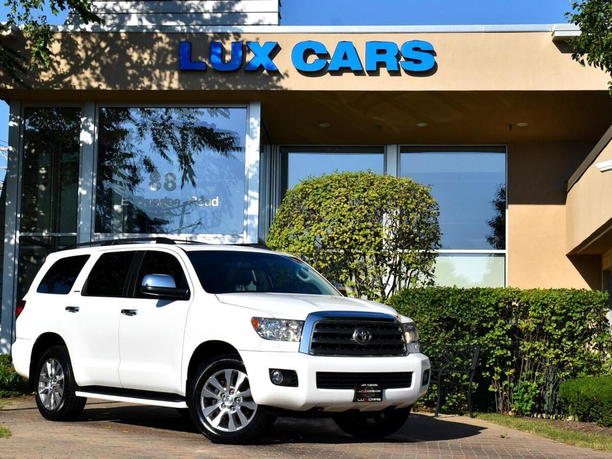 2015_Toyota_Sequoia_Limited Nav Rear DVD Leather 4WD_ Buffalo Grove IL