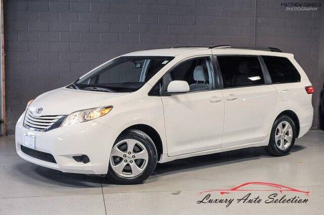 2015_Toyota_Sienna LE_4dr Minivan_ Chicago IL