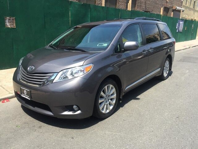 2015 Toyota Sienna Ltd Queens NY