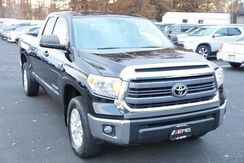 2015_Toyota_Tundra 4WD Truck_SR5 Backup Camera Tow Hitch Bed Liner_ Avenel NJ