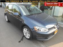 2015_Volkswagen_Golf__ Corvallis OR