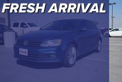 2015_Volkswagen_Jetta Sedan_1.8T SE w/Connectivity/Navigation_ Mission TX