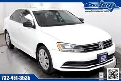 Volkswagen Jetta Sedan 2.0L S w/Technology 2015