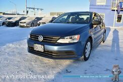 2015_Volkswagen_Jetta Sedan_S / 2.0L I4 / Automatic / Bluetooth / Power Mirrors Windows & Locks / Cruise Control / AUX Jack_ Anchorage AK