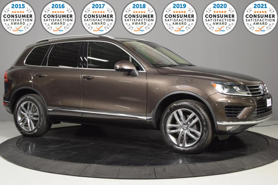 2015_Volkswagen_Touareg_Executive_ Glendale Heights IL
