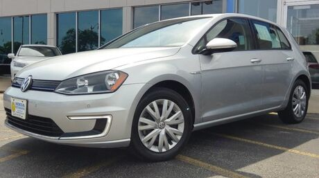 2015 Volkswagen e-Golf Limited Edition La Crosse WI