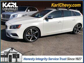 2015_Volvo_V60_T6 R-Design_ New Canaan CT