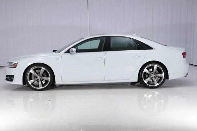 2016 audi s8 quattro awd west chester pa 18940368. Black Bedroom Furniture Sets. Home Design Ideas