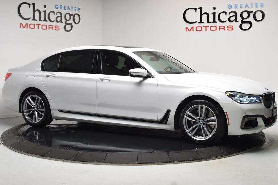 2016_BMW_7 Series_750i xDrive_ Chicago IL