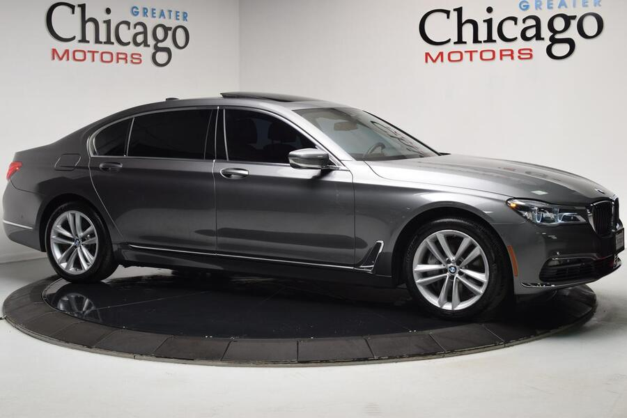 2016_BMW_750i X Drive Warranty Until 02/2020_750i xDrive_ Glendale Heights IL