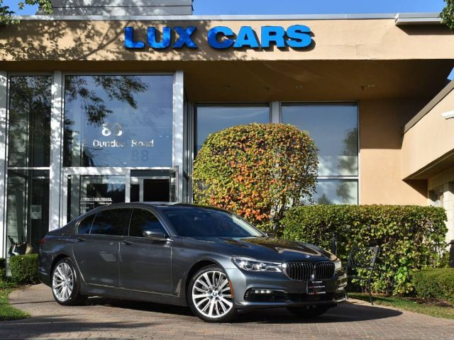 2016_BMW_750i_xDrive Panoroof Executive Nav Rear DVD Nght Vision AWD MSRP $125_ Buffalo Grove IL