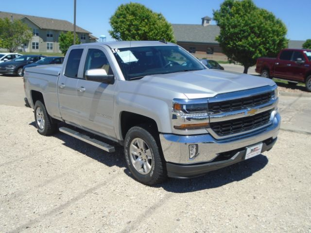 2016 CHEVROLET 1500 LT LT Double Cab 4WD Colby KS
