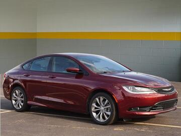 2016 Chrysler 200 S Michigan MI
