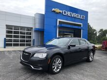 2016_Chrysler_300_Limited_ Rochester IN