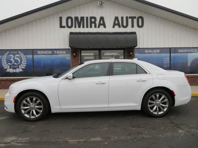 2016 Chrysler 300 Limited Lomira WI