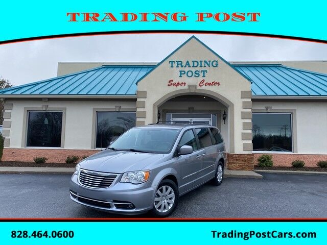 2016_Chrysler_Town & Country_Touring_ Conover NC