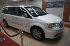 2016_Chrysler_Town & Country_Touring-L_ Charlotte NC