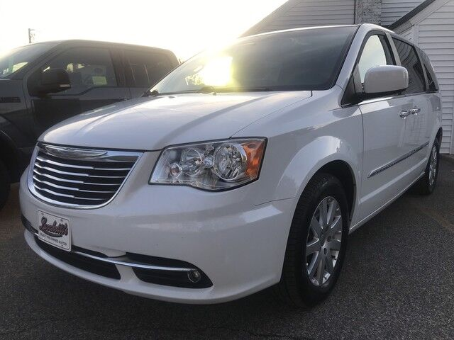 2016 Chrysler Town & Country Touring Marshfield MA