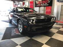 2016_Dodge_Challenger_SXT 2dr Coupe_ Chesterfield MI