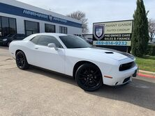Dodge Challenger SXT NAVIGATION REAR VIEW CAMERA, BLACKTOP PACKAGE, U-CONNECT, PREMIUM SOUND!!! LOADED!!! EXTRA CLEAN!!! ONE LOCAL OWNER!!! 2016