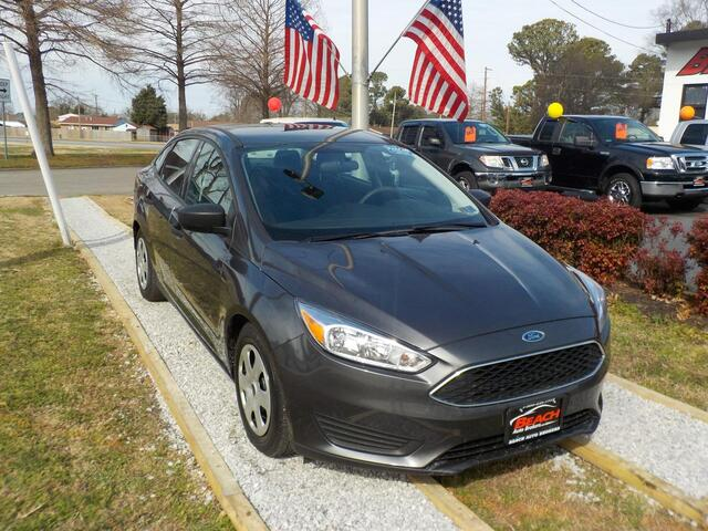 2016 FORD FOCUS S, BUYBACK GUARANTEE, WARRANTY, BACKUP CAM, SIRIUS RADIO, BLUETOOTH, AUX PORT,ONLY 1 PREVIOUS OWNER! Norfolk VA