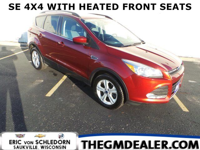 2016 Ford Escape SE 4WD 1.6L EcoBoost ColdWeatherPkg w/HtdCloth RearCamera Milwaukee WI