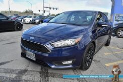 2016_Ford_Focus_SE Hatchback / 5-Spd Manual / Heated Leather Seats / Sunroof / Bluetooth / Back Up Camera / Cruise Control / 40 MPG_ Anchorage AK