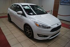 2016_Ford_Focus_SE Sedan_ Charlotte NC
