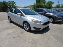2016_Ford_Focus_SE Sedan_ Houston TX