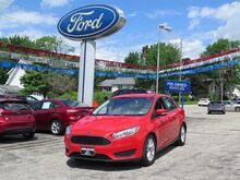 2016_Ford_Focus_SE_ Erie PA