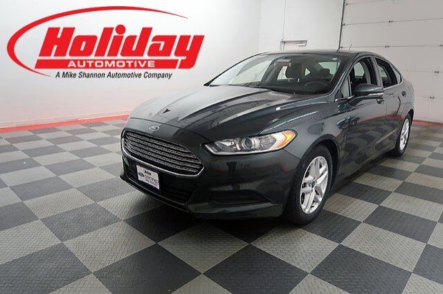 2016 ford fusion se fond du lac wi 26429433. Black Bedroom Furniture Sets. Home Design Ideas