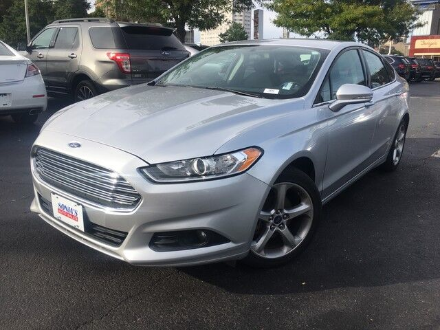 2016 Ford Fusion SE Worcester MA
