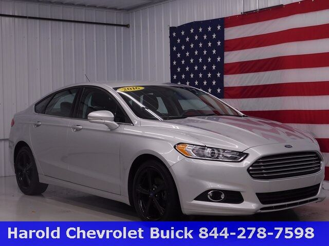 2016 Ford Fusion SE Angola IN