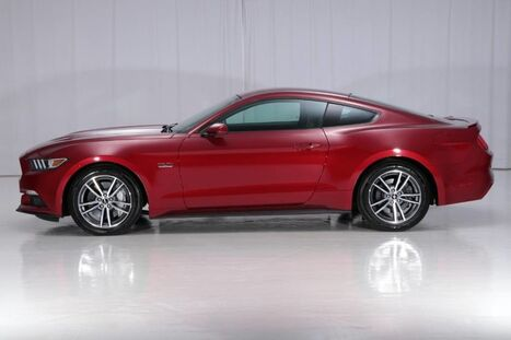 Ford Mustang GT 5.0 Fastback Coupe 2016