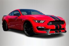 2016_Ford_Mustang_Shelby GT350_ Philadelphia PA