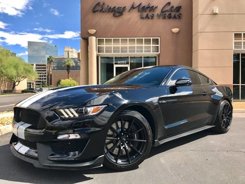 2016_Ford_Mustang Shelby GT350_Coupe_ Chicago IL