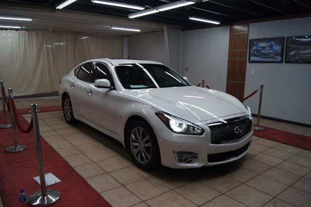 2016 Infiniti Q70 DELUXE ,TECH TOURING PACKAGE Charlotte NC