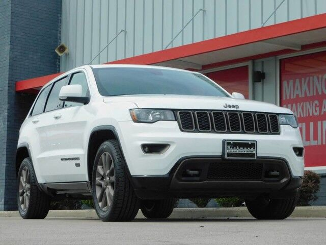 2016 Jeep Truck >> Vehicle Details 2016 Jeep Grand Cherokee At Richmond Car Truck