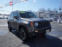 2016_Jeep_Renegade_Trailhawk_ Mount Hope WV