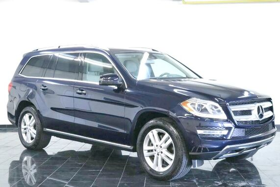 2016_Mercedes-Benz_GL_4MATIC 4dr GL 350 BlueTEC, 1 Owner, Clean Carfax, Premiumg 1 Package, Rear Seat Entertainment, Navigation, Moonroof, Rear View Camera, Heated Seats,_ Leonia NJ
