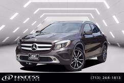 2016_Mercedes-Benz_GLA_GLA 250 Panorama Roof Backup Camera._ Houston TX