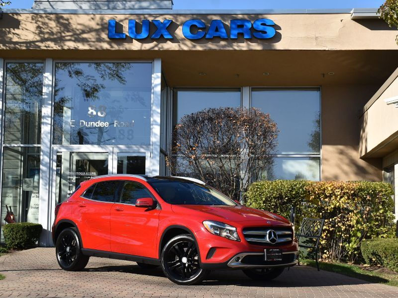 2016_Mercedes-Benz_GLA250_Panoroof Nav P1 4MATIC MSRP $43,210_ Buffalo Grove IL